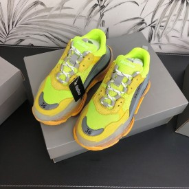 Replica Balenciaga Triple S Sneakers Green