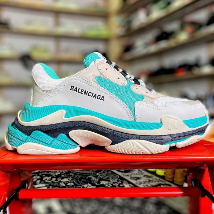Balenciaga Triple S Sneaker Light Blue