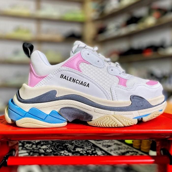 Balenciaga Triple S Sneaker White / Pink