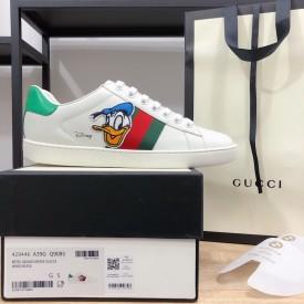 Replica Disney x Gucci Donald Duck sneaker