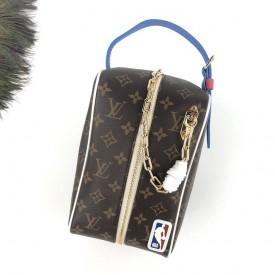 Replica LV x NBA clutch