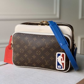 Replica LV x NBA Nil Messenger