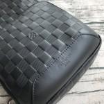 Replica LV black Avenue Sling Bag